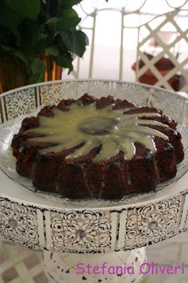 Torta al Cioccolato fondente e bianco e Nocciole - Cardamomo & co