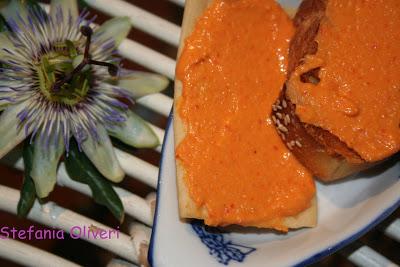 Bruschetta Hummus di Peperoni