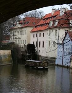 PRAGA-2010-409