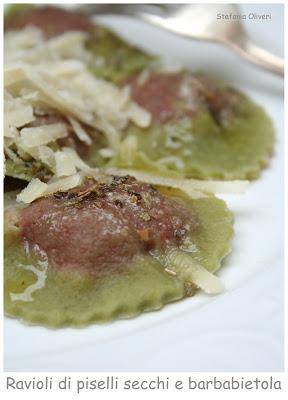 Ravioli di farina di piselli home made e barbabietola - Cardamomo & co