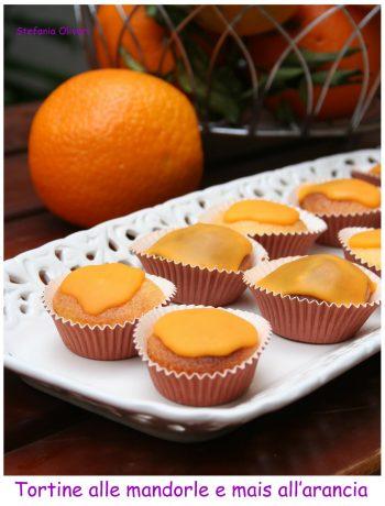 Tortine all'arancia e mandorle con farina di mais - Cardamomo & co