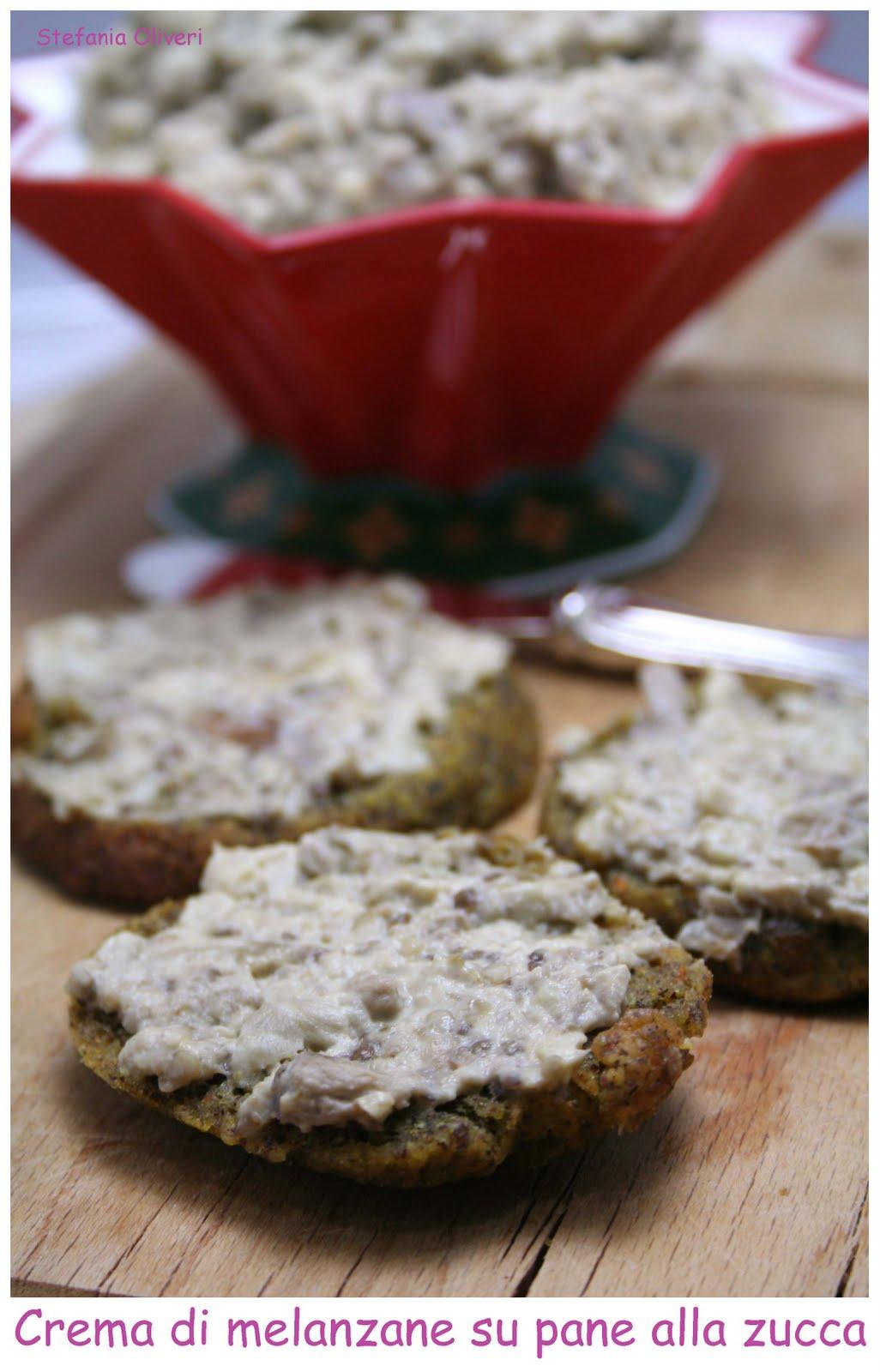 crema di melanzane su pane alla zucca