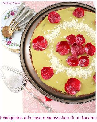 Frangipane alla rosa con mousseline di Ladurée