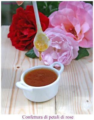 Confettura di petali di rose