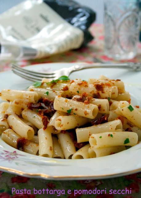 Riso pasta con bottarga e pomodori secchi - Cardamomo & co