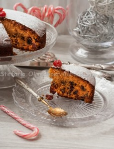 Fruit-cake-delia-1604-blog