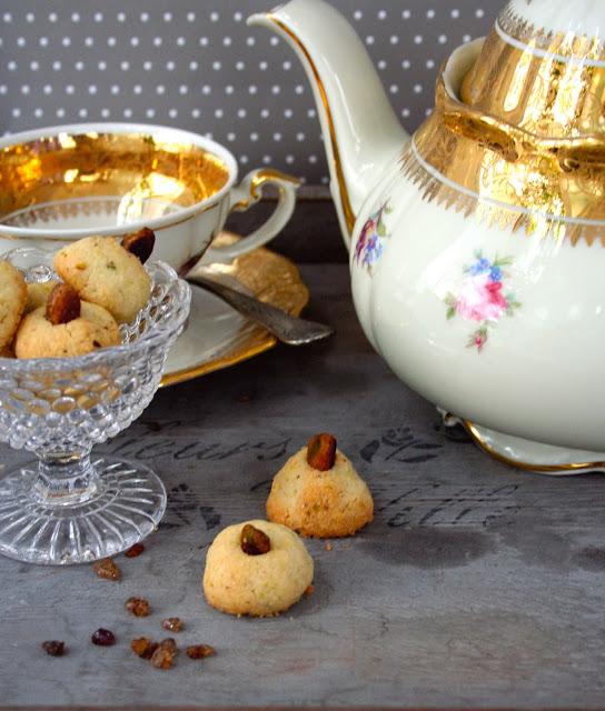 Biscotti di riso al pistacchi e acqua di rosa - Cardamomo & co