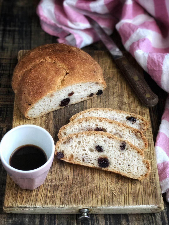 Pane integrale senza glutine con mirtilli e noci - Cardamomo & co