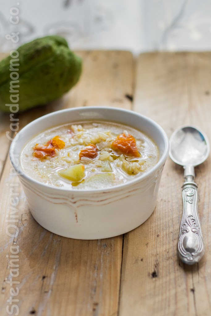Minestra con zucchine invernali e pomodori secchi - Cardamomo & co