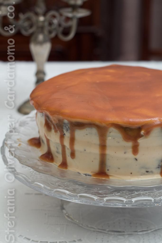 Torta al cioccolato, crema al caramello e caramello salato - Cardamomo & co.
