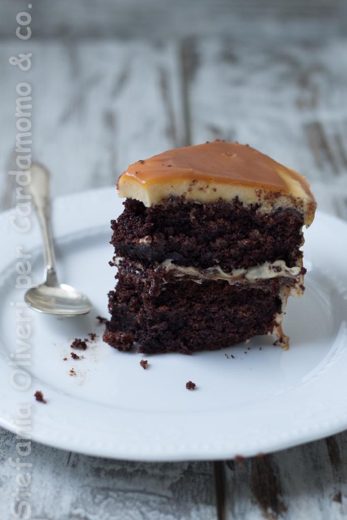 torta cioccolato e caramello fetta 1754 b