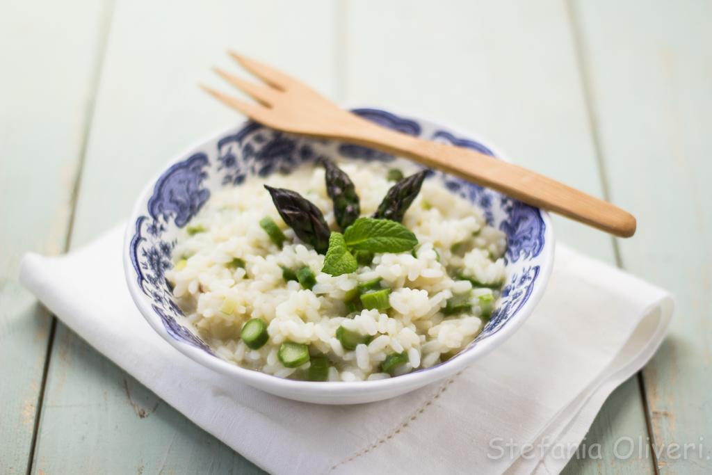 Risotto asparagi, topinambur e menta 2596 b