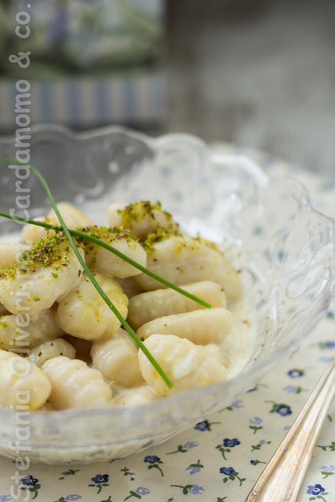 gnocchi con crema di spigola e curry 1871 f