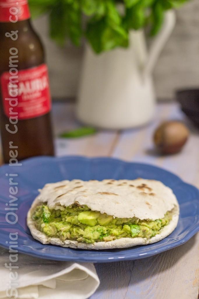 panini in padella con avocado 5461