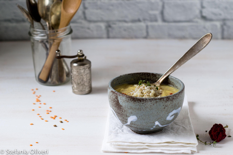Zuppa di lenticchie rosse e sorgo