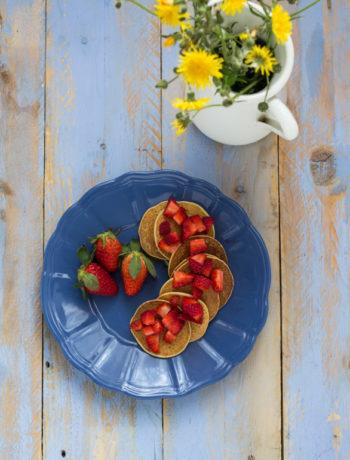 pancake vegan con fragole