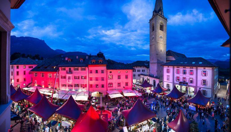 piazza di Caldaro, Alto Adige - Cardamomo & co