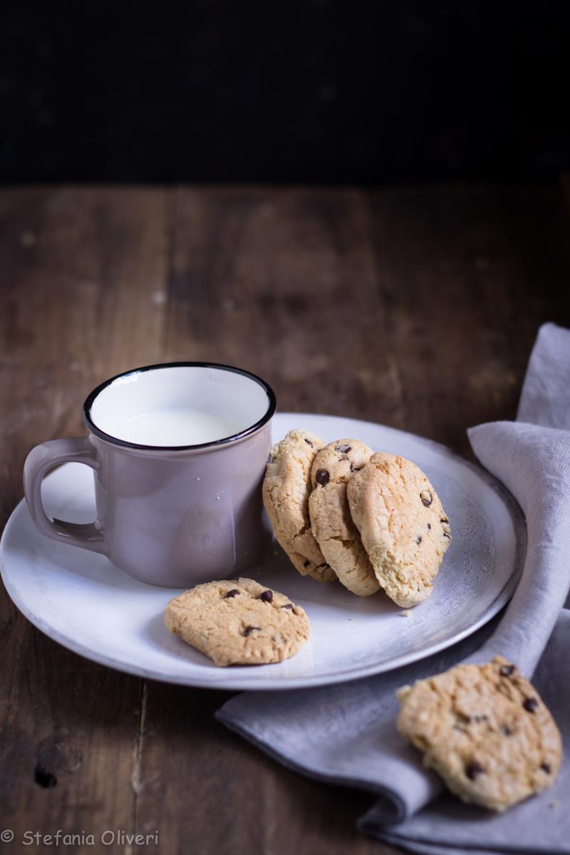 Biscotti con gocce di cioccolato senza glutine - Cardamomo & co