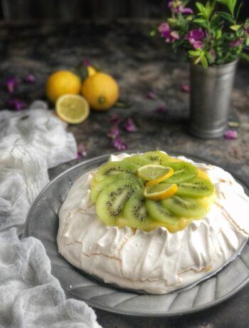 Pavlova crema di limone e kiwi - Cardamomo & co